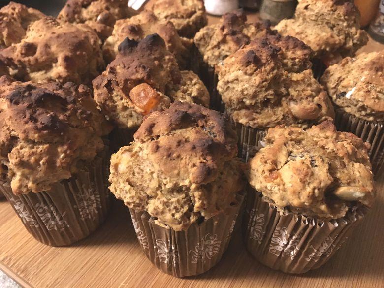 healthy banana muffins.jpg